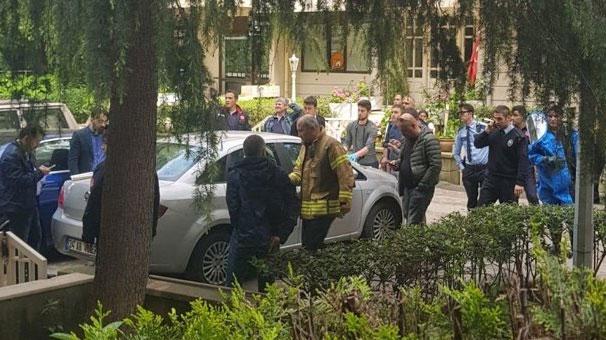 Siyanür: Son Dakika: Kadıköy'de Korkunç Intihar! Siyanür Içip