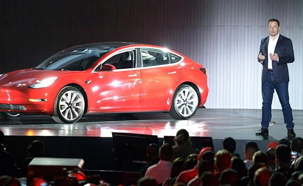 Tesla  bu yıl Türkiye'ye geliyor!