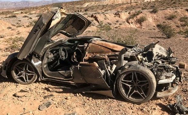Çölün ortasında 1.3 milyon değerinde McLaren 720S bulundu
