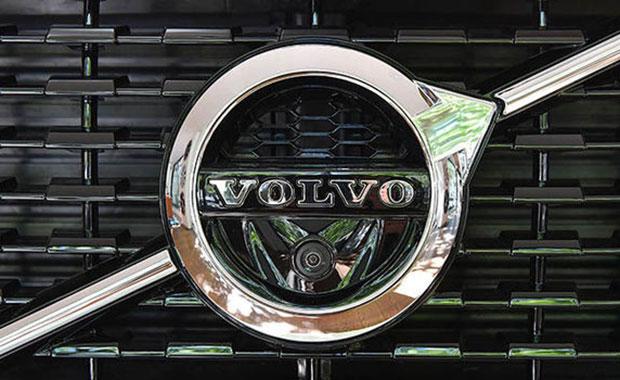 Volvo, İngiltere'de dizel motorlu araç satışını durdurdu