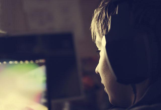 Yaz tatilinde online oyunlara dikkat!
