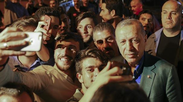 Erdoğan'a böyle seslendiler: Başkan gençlik seni istiyor