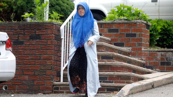 Son dakika... Adil Öksüz'ün eşi Aynur Öksüz ilk kez görüntülendi