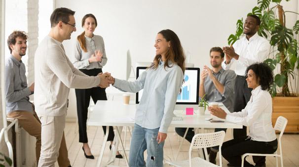 İş yerindeki insanlarla nasıl anlaşılır?