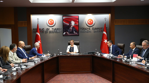 Ticaret Bakanı Pekcan, TMB heyetini kabul etti