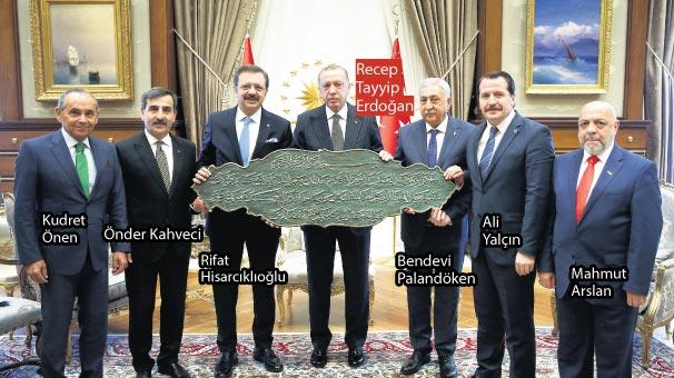 Cumhurbaşkanı Erdoğan'dan iş dünyasına rahatlatan mesaj: Makul süre içinde her şey düzelecek