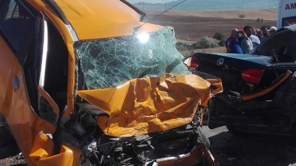 Elazığ'da feci kaza