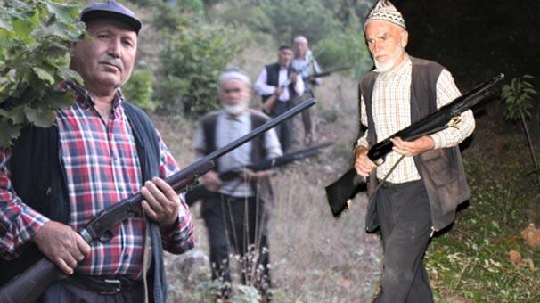 Köyün dibine kadar gelince silahlarına sarıldılar! 7/24 nöbetteler...