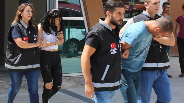 Adult Guide in Izmit