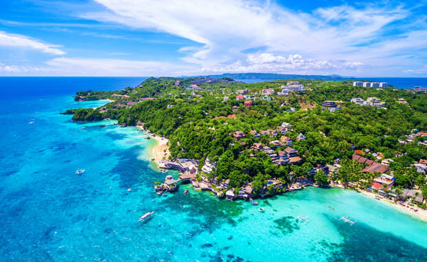 Boracay adası turistlere yeniden açılıyor!