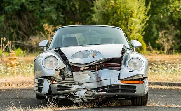 Bu haliyle bile yarım milyon dolar eden araba: Porsche 959