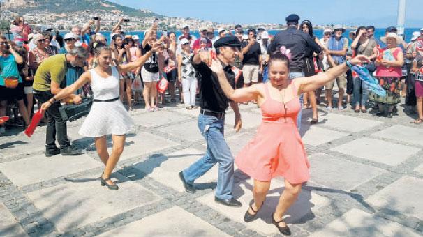 Foça'da festival  heyecanı