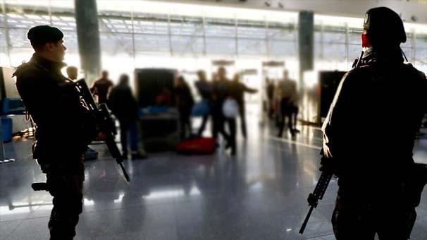 Havalimanında MİT ve polisten ortak operasyon