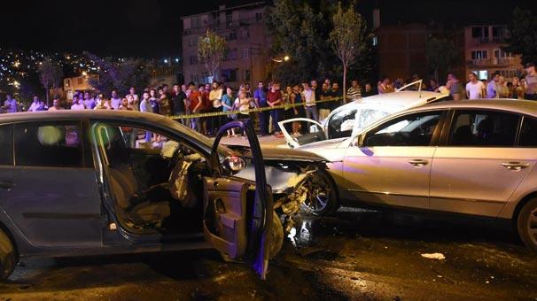 İzmir'de zincirleme trafik kazası: 7 yaralı