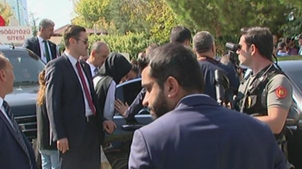 Son dakika: Cumhurbaşkanı Erdoğan onun sesini duyunca makam aracını durdurdu