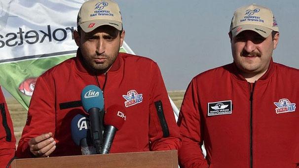 Tuz Gölü'nde roket yarışları nefes kesti ile ilgili görsel sonucu
