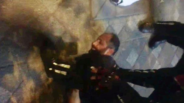 Satırla kadına saldırdı! Hızını alamayınca polise...
