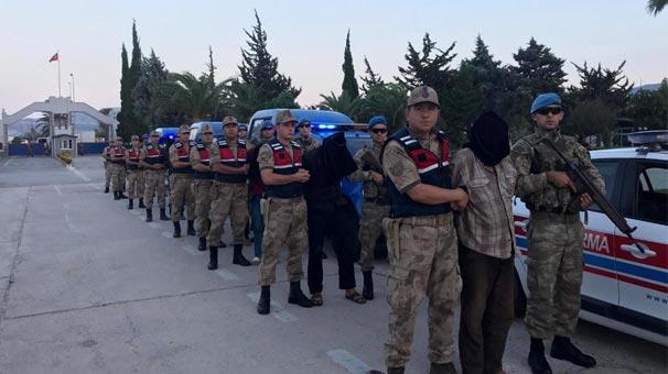 Son dakika... MİT 9 teröristi Afrin'de yakaladı! Türkiye'ye getirildiler