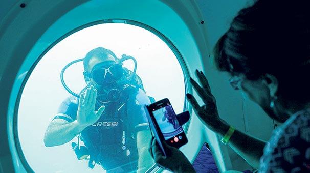 Turistik denizaltı 'Nemo'