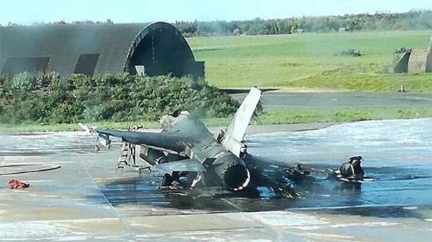 Son dakika... Dev patlama! Hava üssünde F-16'ları yanlışlıkla vurdular...