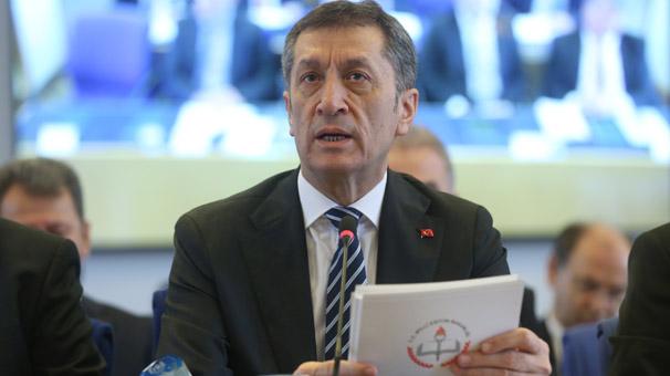 Milli Eğitim Bakanı Selçuk'a destek