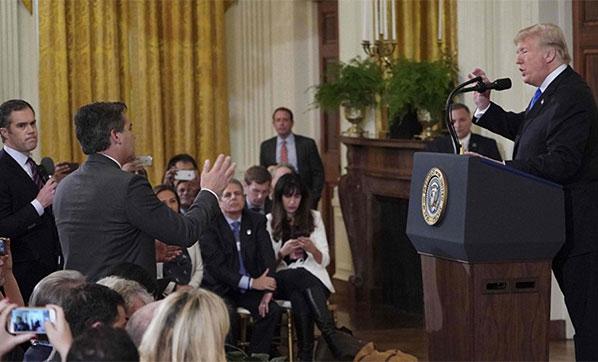 Beyaz Saray, CNN muhabirinin basın kartını askıya aldı