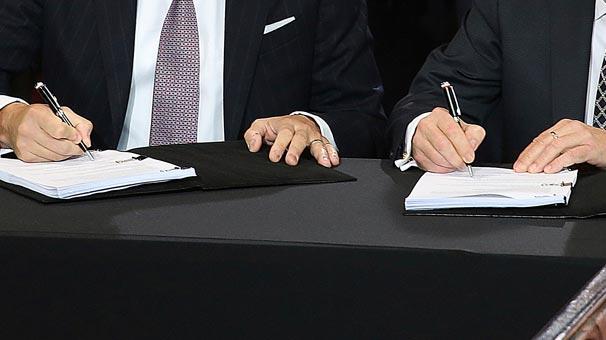 Dünyada dengeleri değiştirecek bomba anlaşma! 24 yıllık sözleşme imzalandı...