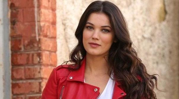 Pınar Deniz kimdir? Berk Cankat ile aşk mı yaşıyor?