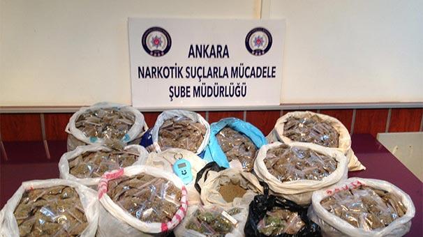 Başkentte enişte ile kayınbiraderine suçüstü uyuşturucu operasyonu