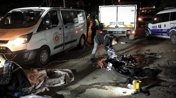 Bursa'da korkunç kaza! Motosiklette bulunan 2 kişi öldü, 1 kişi yaralandı