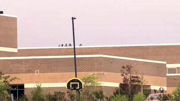 Son dakika... ABD'de bir okulda silahlı saldırı