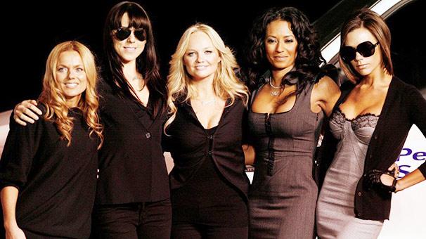 Victoria Beckham, Spice Girls'ü 9.8 milyon dolar zarara uğrattı!