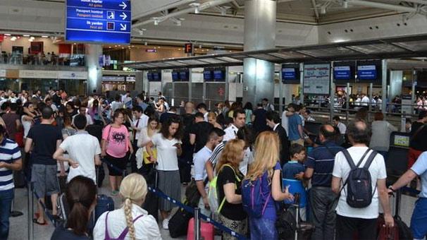 İstanbul havalimanlarında, yolcu sayısı 6,5 milyon arttı