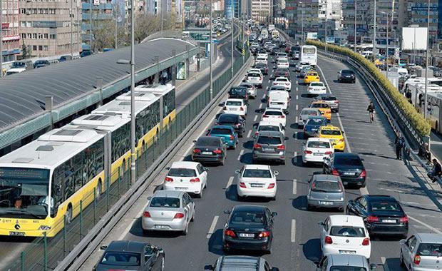 Trafikteki taşıt sayısı yaklaşık 600 bin arttı
