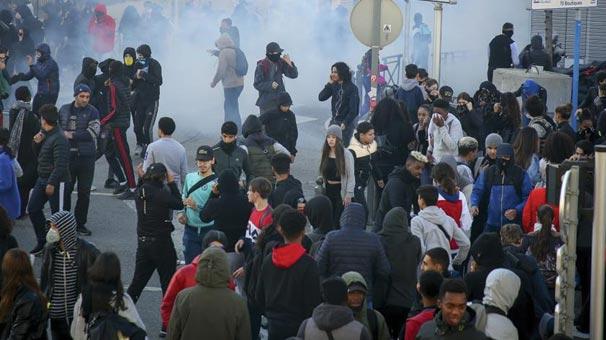 Son dakika... Fransa'da 700'den fazla lise öğrencisi gözaltına alındı