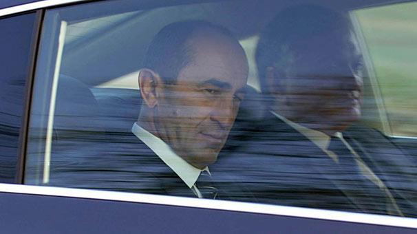 Eski Ermenistan Cumhurbaşkanı Koçaryan tutuklandı