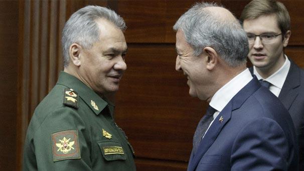 Bakan Akar, Rus mevkidaşıyla görüştü