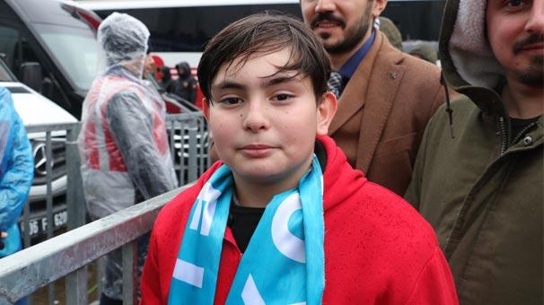 Cumhurbaşkanı Erdoğan için gözyaşı döken çocuk konuştu