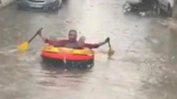 Son dakika... İzmir'de köprü çöktü! Mahsur kalan işçiler kurtarıldı
