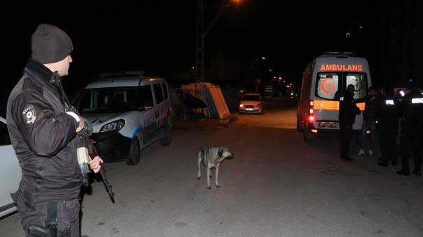 Adana'da dehşet anları! Yüzü maskeli 2 kişi yanlarına gelip...