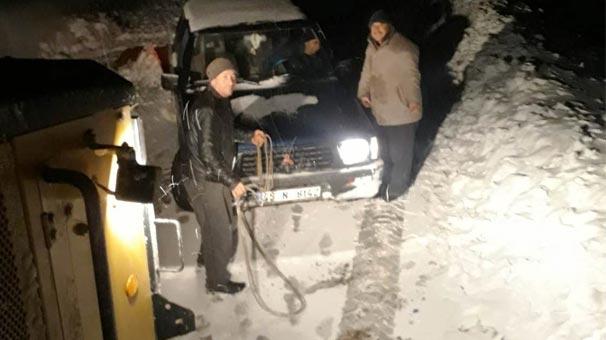 Yer: İzmir! Kar kalınlığı yarım metreyi geçti