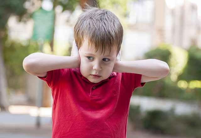 Çocukluk döneminde işitme kaybı nasıl anlaşılır?