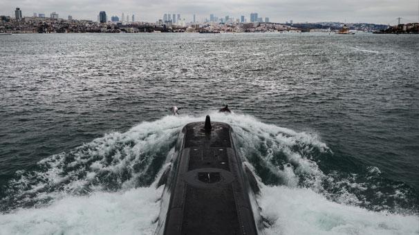 Türk Donanması'nın gururu 'TCG Sakarya'nın bir günlük yolcuğunu görüntüledi