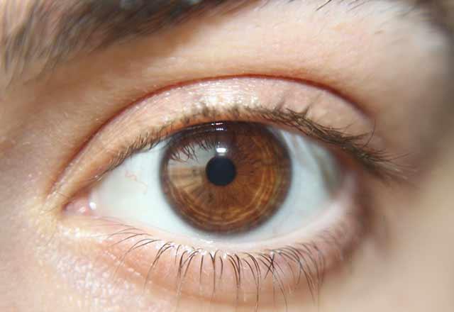 Koyu renk gözlüler kış depresyonuna daha kolay yakalanıyor!