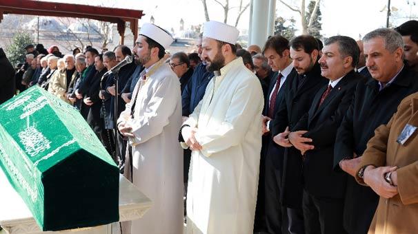 Dr. Mehmet Öz'ün babası son yolculuğuna uğurlandı