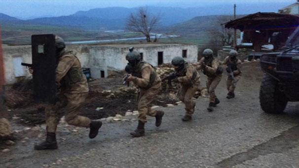 Siirt'te terör operasyonu! 13 zanlı yakalandı