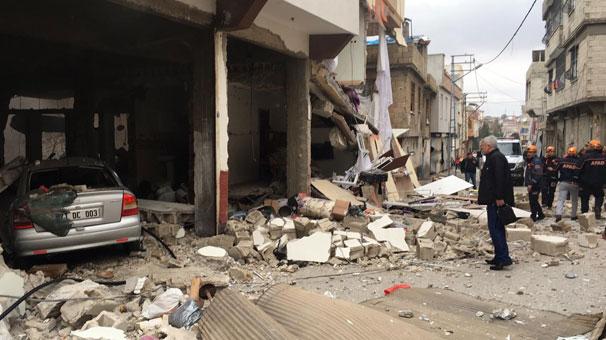 Son dakika: Bomba gibi patladı! Mahalle savaş alanına döndü