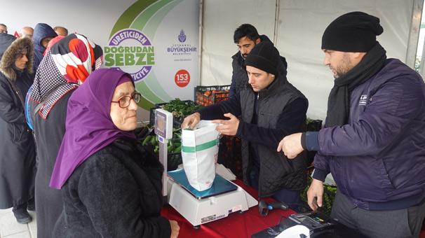 Taksim Meydanı'nda tanzim satışları başladı