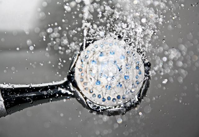 Erkekler, duş alırken buna çok dikkat edin!