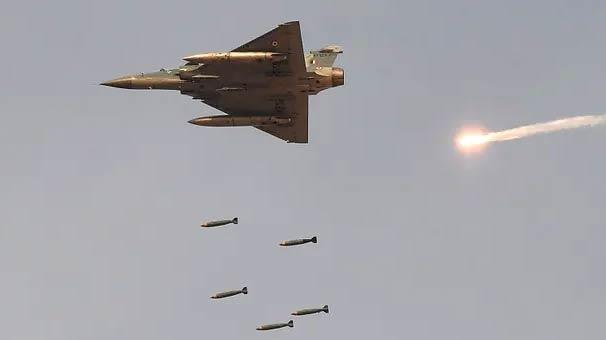 Uçak düştü! İki nükleer güçten savaş çığlıkları